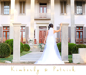 Bride posing in front of Belle Meade mansion